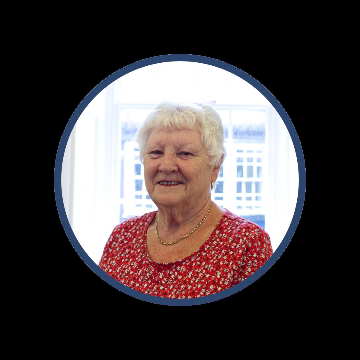 Portrait photo of Councillor Julie Tucker